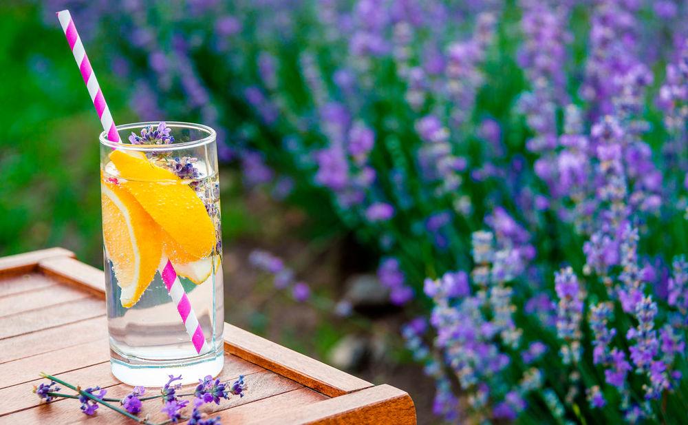so hilft lavendel limonade gegen stress. Black Bedroom Furniture Sets. Home Design Ideas